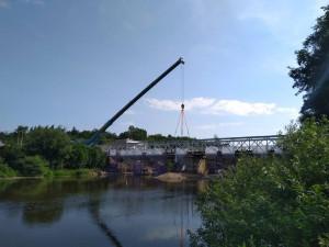 V Hradci začali bourat most přes Orlici, nový bude do konce roku