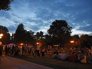 Tepem Hradcem – osm dní zrychleného tepu divadla a hudby