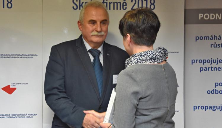 Královéhradecký kraj ocenil spolupráci firem a středních škol