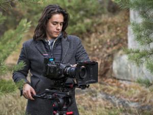 (NE)OBYČEJNÍ: Kamera a knipl vás chytí a nepustí, říká mladý hradecký režisér David Balda