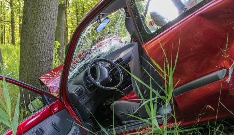 V Královéhradeckém kraji zahynulo na silnicích nejméně lidí od roku 1961