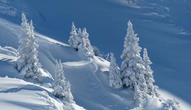 V Krkonoších napadlo čtvrt metru sněhu, celkem tam leží 160 cm bílé pokrývky