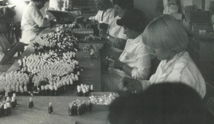 Jelení lůj z Nového Města nad Metují je na trhu 57 let, receptura se za tu dobu téměř nezměnila