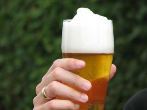 Výroba piva roste, prodej točeného ale stále klesá
