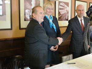 Koalice Hradce Králové mění orgány městských firem, změny jsou velké