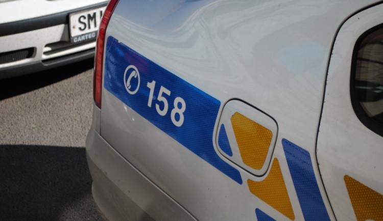 Hradečtí policisté vypátrali vězně, který byl dva roky na útěku. Ukrýval se v Polsku
