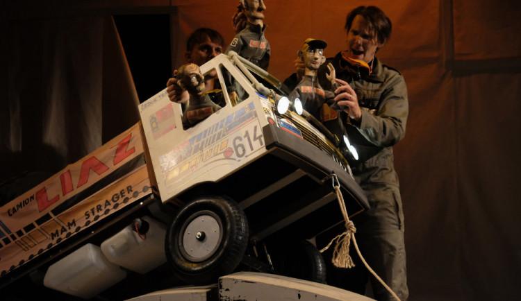 SOUTĚŽ: Naivní divadlo Liberec přiváží do Hradce svou Pohádku o Liazce