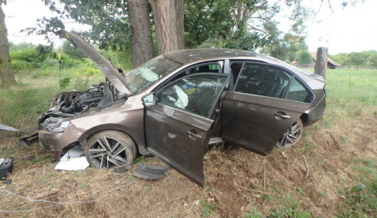 FOTO: Hasiči vyjížděli k vážné nehodě na Rychnovsku