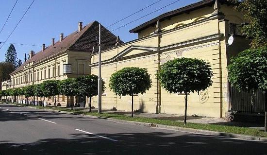 Modernizace Gayerových kasáren v Hradci Králové začne na podzim