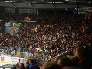 KOMENTÁŘ: Pardubice můžou puknout zlostí. Od té doby, co je extraliga v Hradci, je pardubický hokej na dně