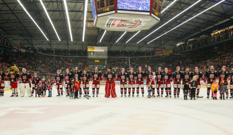 Postup i bez boje. Poprvé v historii se hokejisté Hradce probojovali do playoff ligy mistrů