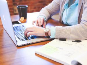 Hradec Králové nabízí lidem internetové vyřizování úředních věcí