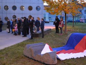 Hradec Králové má novou sochu věnovanou svobodě slova