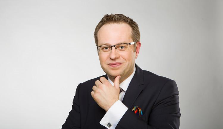 Česká televize zve k debatě natéma 30 let svobody slova. Debatu povede Václav Moravec na Univerzitě v Hradci