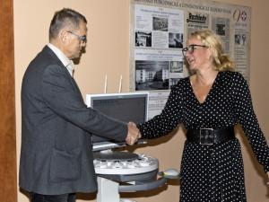 Porodnická a gynekologická klinika získala v Hradci přístroj na monitorování plodu