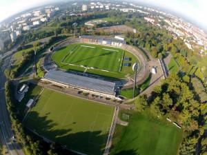 O zadání tendru na stadion v Hradci Králové chce jednat 12 firem