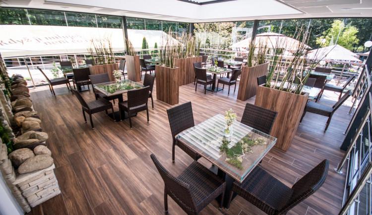 Restaurace Zděná Bouda má novinku, ze které se tají dech – nádhernou zimní zahradu