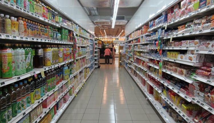 Pomozte dnes dobré věci a věnujte v hradeckých obchodech potraviny