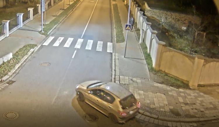 Žena, která srazila sedmiletého chlapce a od místa nehody ujela, se sama přihlásila na policii