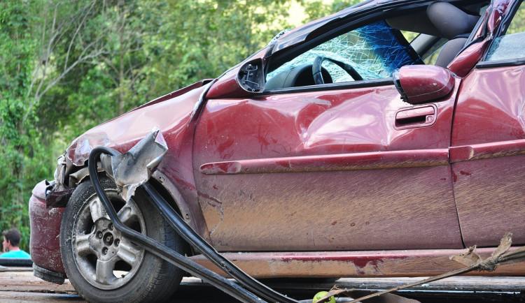 Auto na Trutnovsku srazilo chlapce, na místě zemřel