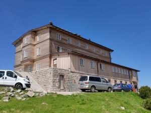 Otevření nové Petrovy boudy v Krkonoších bude mít zpoždění