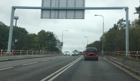 FOTO: Jak vypadá omezení na viaduktu u hradeckého nádraží po necelém měsíci?