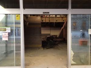 FOTO: Touhle dobou mělo být Tesco u Atria již otevřené, rekonstrukce ještě pár měsíců potrvá