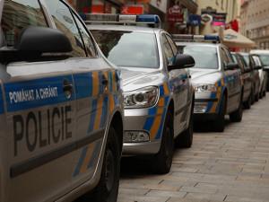 Policie odložila zářijovou vraždu v Červenem Kostelci, pachatel je mrtvý