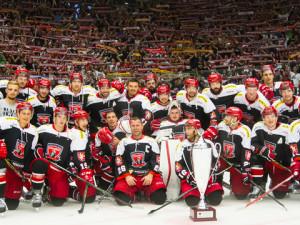 KOMENTÁŘ: Hokejisté potřebují razantní změnu. Je čas se zbavit trenérů a začít rozdávat pokuty