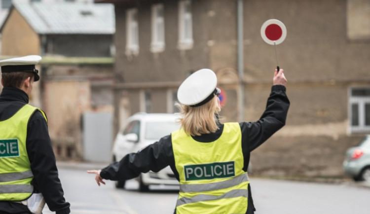 Policie dohlédne na veřejný pořádek v období Silvestra. Počet policistů se zvýší ve Špindlerově Mlýně i v Peci pod Sněžkou