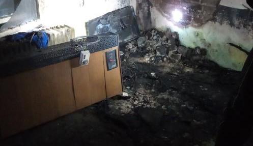 Tři zranění při požáru v Rychnově nad Kněžnou. Jeden skončil na popáleninovém centru v Praze