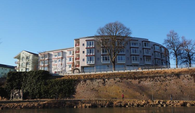 Hradecký kraj chce vystavět čtyři domovy seniorů za 460 milionů korun