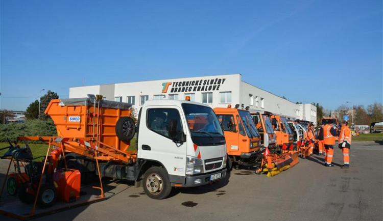 Hradecké Technické služby ušetřily díky mírné zimě na posypovém materiálu