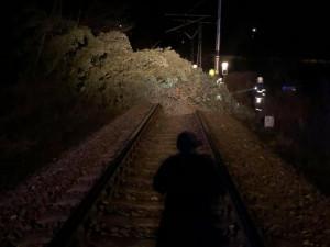 VKrálovéhradeckém kraji vítr napáchal další škody. Bez proudu je 800 domácností