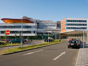 Infekční klinika za 600 milionů v Hradci Králové bude. Stavbu dnes podpořil kraj