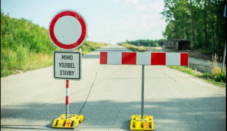 Oprava Krkonošské ulice ve Dvoře Králové. Do konce října zkomplikuje dopravu na Trutnov
