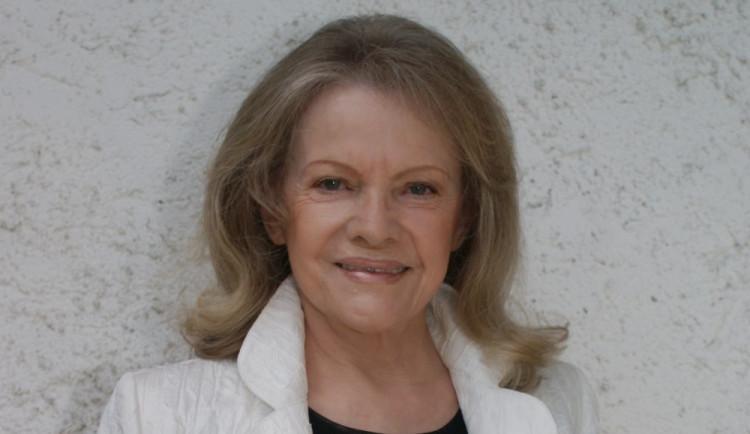 Zemřela česká zpěvačka Eva Pilarová. Bylo ji 80 let