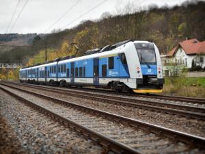 Královéhradecký kraj omezí kvůli koronaviru vlaková spojení