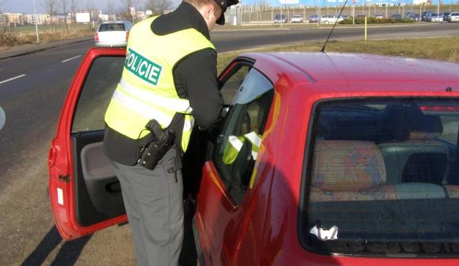Policie se o víkendu zaměří v Královéhradeckém kraji na dodržování vládních nařízení