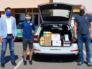 Votroci nakoupili zásoby Dětskému diagnostickému ústavu