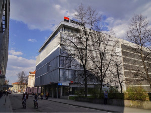 ESSOX umožní nad rámec státem dané povinnosti odklad splátek ivpřípadě revolvingových úvěrů u kreditních karet