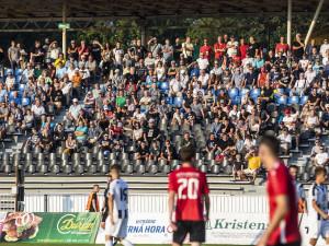 Hradečtí Votroci přivítají na stadionu pod lízátky Třinec