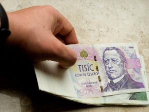 Žena si chtěla sjednat nebankovní úvěr. Naletěla podvodníkovi a přišla o více jak sto tisíc