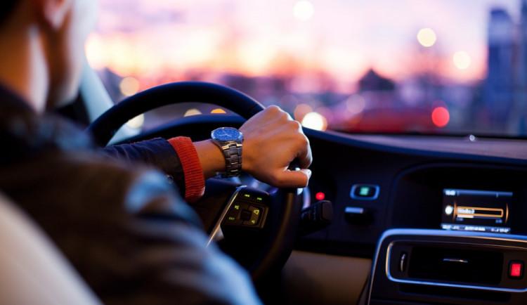 Policie v Hradci Králové kontrolovala řidiče. Během jednoho dne narazila na tři pod vlivem drog
