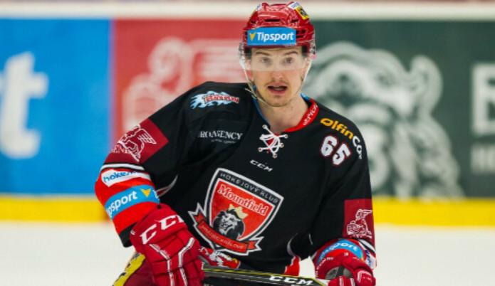 Spor o plat hokejového útočníka Červeného je u konce. S klubem podepsal smlouvu o narovnání