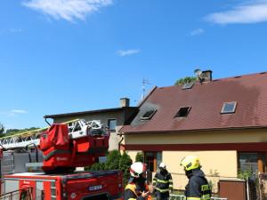 Ve Velkých Svatoňovicích hořel rodinný dům, letos šlo už o stý požár v okrese Trutnov