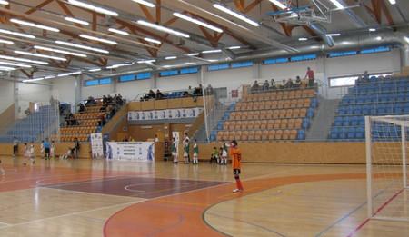 Stavba sportovní haly na Pouchově se prodraží o 870 tisíc korun