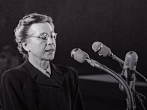 """70 let po smrti Milady Horákové vychází kniha """"Jdu s hlavou vztyčenou"""". Vypráví o její rodině"""
