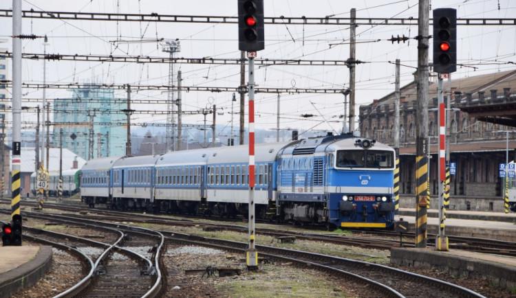 Začínají jezdit pravidelné vlakové linky do Polska. Z Trutnova vyjíždí čtyřikrát denně