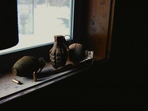 Muž na Jičínsku našel granát. Zasahovala pyrotechnická jednotka, ta jich nakonec odvezla přes deset kusů